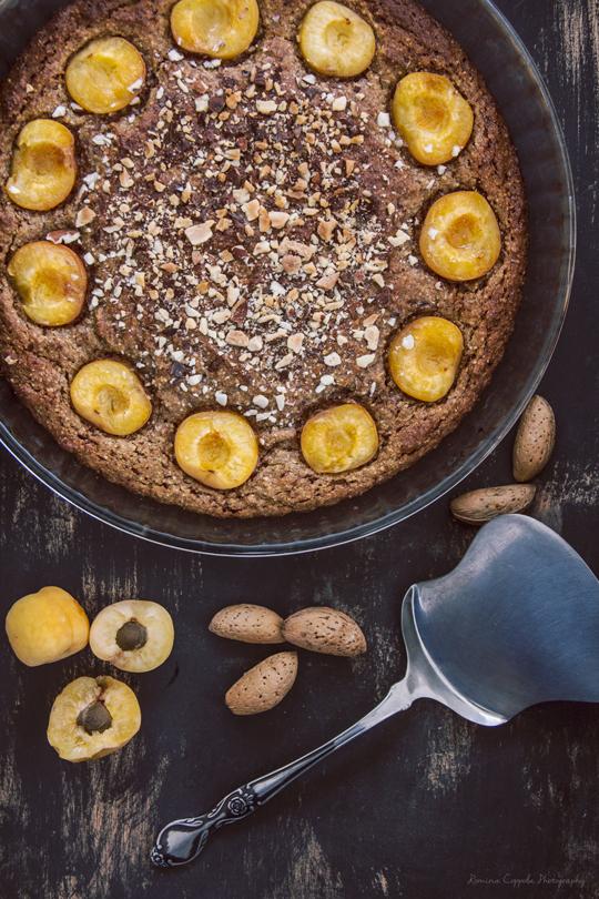 torta-di-mandorle-e-albicocche
